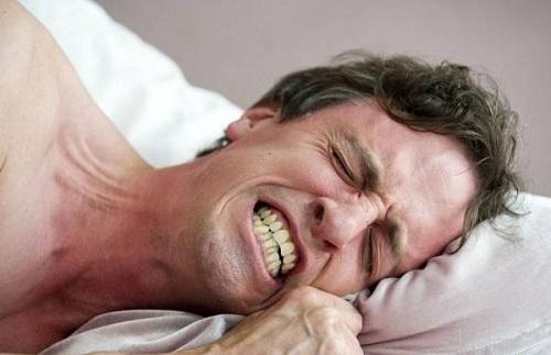 Mẹo trị bệnh nghiến răng khi ngủ 2