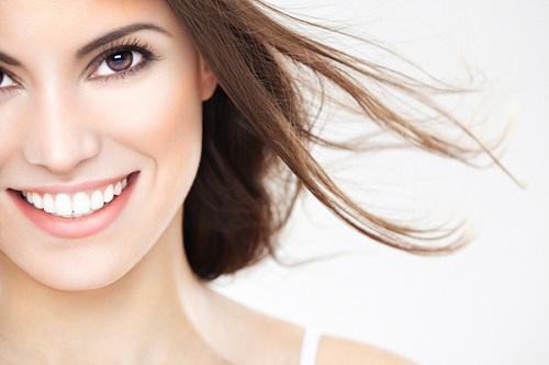 Tẩy trắng răng bằng đèn plasma có hại không 2