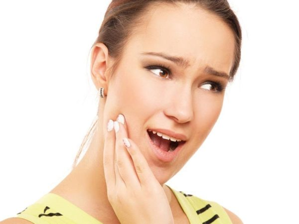 Cách khắc phục ê buốt răng ngay tại nhà